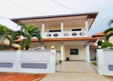 Singe 2 story house for Rent with 4 bedrooms