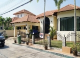 Single house for rent with pool large house Good price