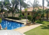 Outstanding House for rent with private pool East Pattaya