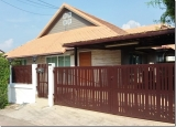 House for rent with private swimming pool, Chaiyaphruek, Pattaya